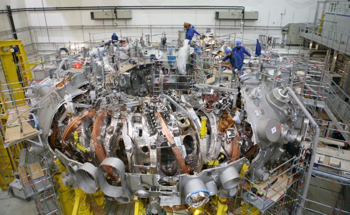 термоядерный реактор-стелларатор Wendelstein 7-X